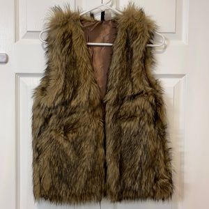 H&M brown Faux fur vest